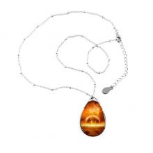像火焰燃烧着的金红色星球图案 泪珠形金属项链饰品礼品首饰礼物